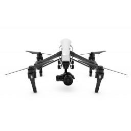 Drona DJI INSPIRE 1 PRO cu o radiocomanda